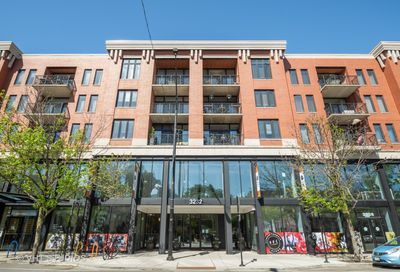 3232 N Halsted Street Chicago IL 60657
