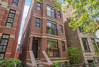 3238 N Kenmore Avenue Chicago IL 60657