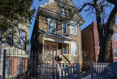 3744 W Diversey Avenue Chicago IL 60647