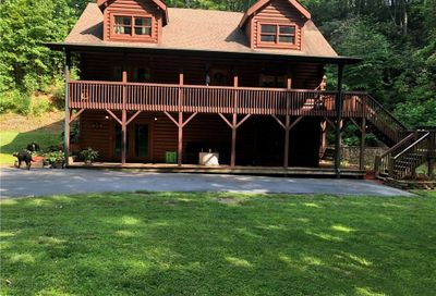 1390 Grants Mountain Road Marion NC 28752