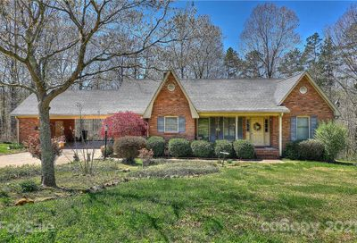 1272 Pearl Drive Cherryville NC 28021