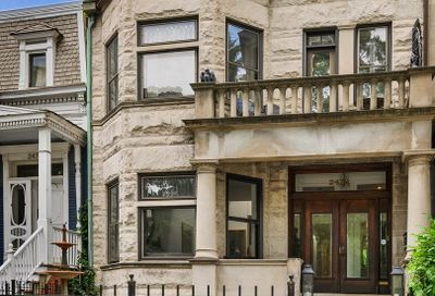 2478 N Orchard Street Chicago IL 60614