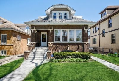 4933 N Lowell Avenue Chicago IL 60630