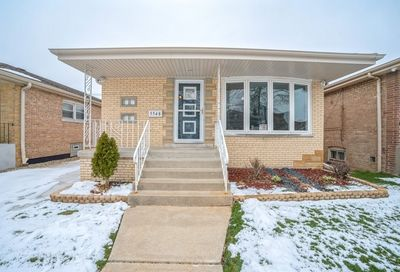 5548 S Mayfield Avenue Chicago IL 60638