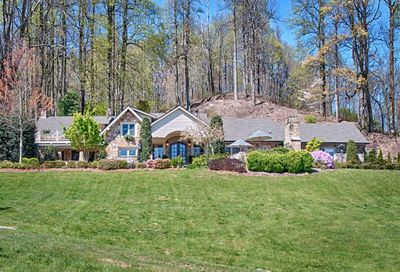 370 Pinnacle Mountain Road Zirconia NC 28790