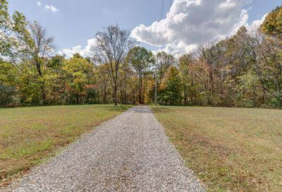 5213 Stacy Springs Rd Springfield TN 37172