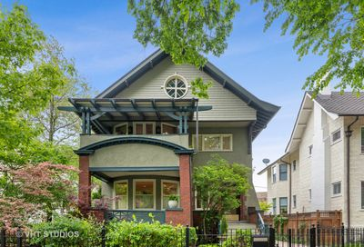 587 W Hawthorne Place Chicago IL 60657
