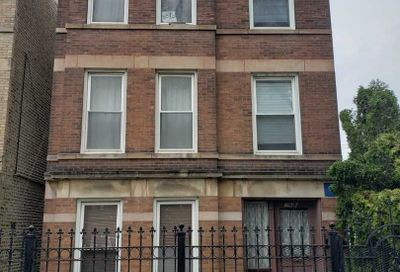 2946 N Rockwell Street Chicago IL 60618