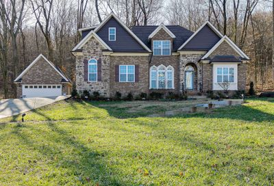 7452 Magnolia Valley Dr Eagleville TN 37060