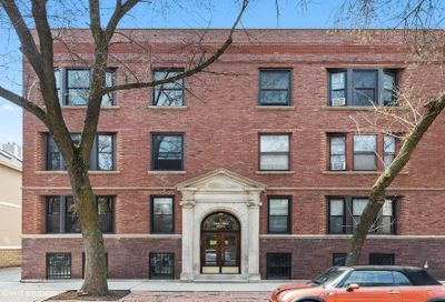 1964 N Howe Street Chicago IL 60614