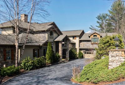 381 Round Top Mountain Road Sapphire NC 28774