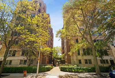 609 W Stratford Place Chicago IL 60657