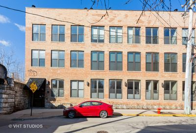 1760 W Wrightwood Avenue Chicago IL 60614