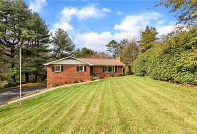 16 Holly Hill Drive Asheville NC 28806