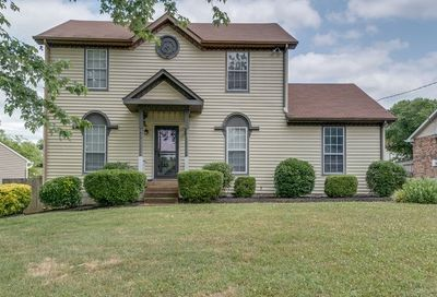 1013 Carriage Way Ct Hermitage TN 37076