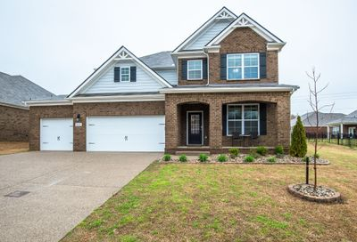 8016 Forest Hills Dr Spring Hill TN 37174