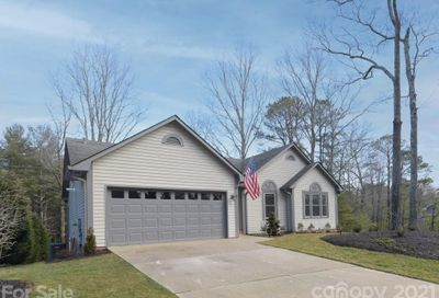17 Strathmore Drive Arden NC 28704