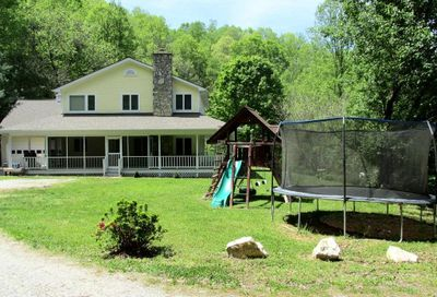 62 Cave Springs Road Cullowhee NC 28723