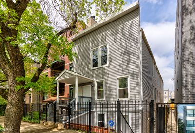 2424 W Iowa Street Chicago IL 60622