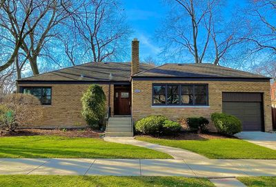 2955 W Catalpa Avenue Chicago IL 60625