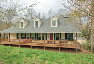 121 Curly Oaks Drive Clyde NC 28721