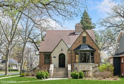47 Gale Avenue River Forest IL 60305