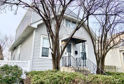 4442 N Melvina Avenue Chicago IL 60630