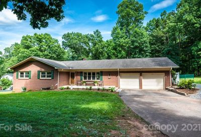 506 2nd Ave Drive Conover NC 28613