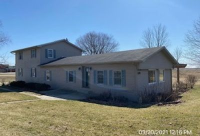 1636 N 40th Road Earlville IL 60518