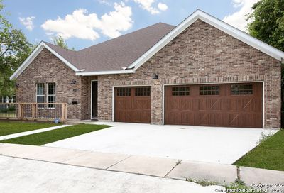 1831 W French Pl San Antonio TX 78201