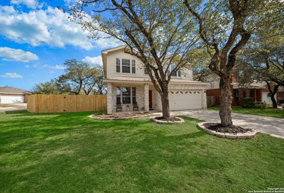 9123 Feather Bluff Helotes TX 78023