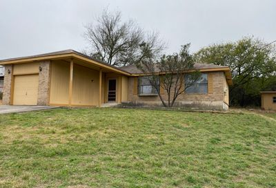 1441 Laurie Dr Canyon Lake TX 78133
