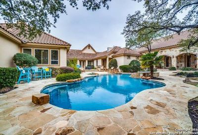 413 Winding Way Hill Country Village TX 78232
