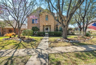 2210 Blackoak Bend San Antonio TX 78248