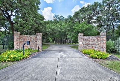 306 Hill Country Ln Hill Country Village TX 78232