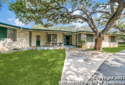 401 Hill Country Ln Hill Country Village TX 78232