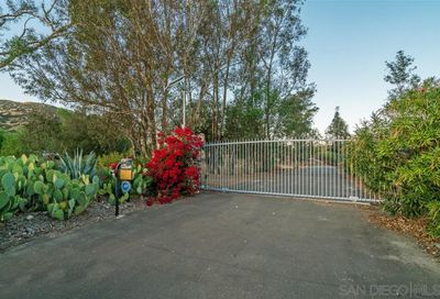 00 ARNOLD WAY  4 Alpine CA 91901