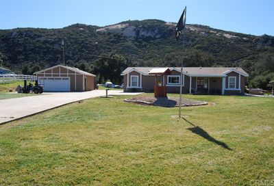 19547 Hidden Glen Rd Alpine CA 91901