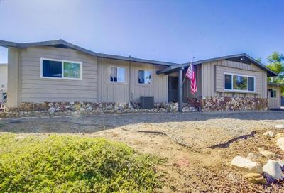 8920 Lakeview Road Lakeside CA 92040
