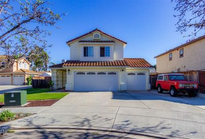 10117 Country Scenes Court Santee CA 92071