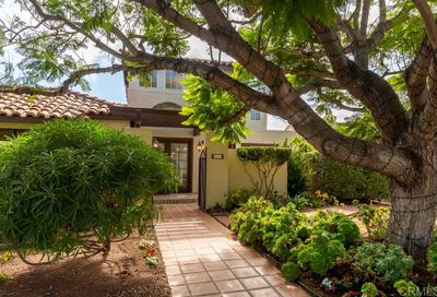 5652 Beaumont Ave La Jolla CA 92037