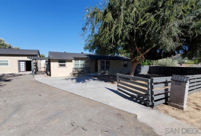 3555 Helix St Spring Valley CA 91977