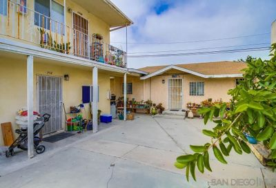 1704-08 D Ave National City CA 91950