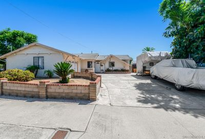 13055 Carriage Road Poway CA 92064