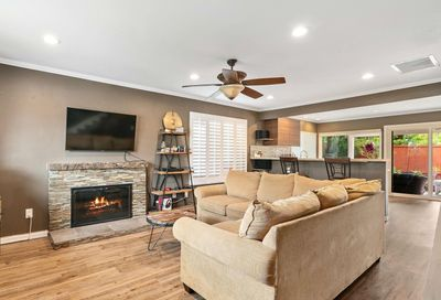 921 Woodlake Dr Cardiff By The Sea CA 92007