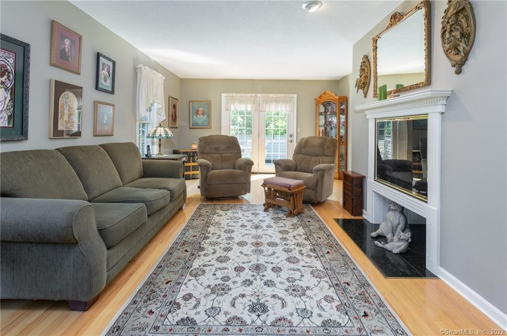76 Old Towne Road 76