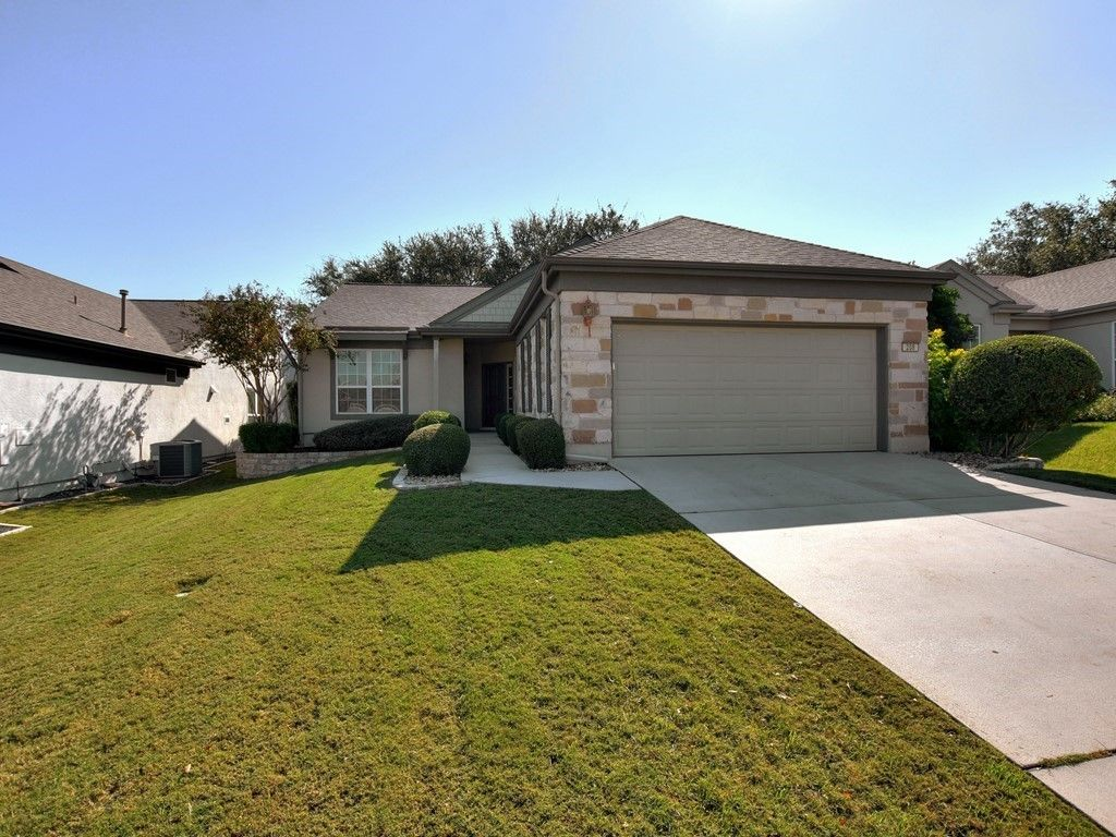 208 Rosecliff Drive