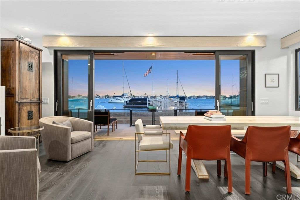 1100 S Bay Front