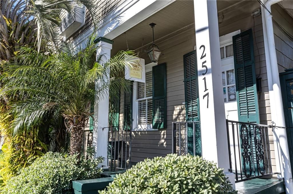 2515-17 Chartres Street