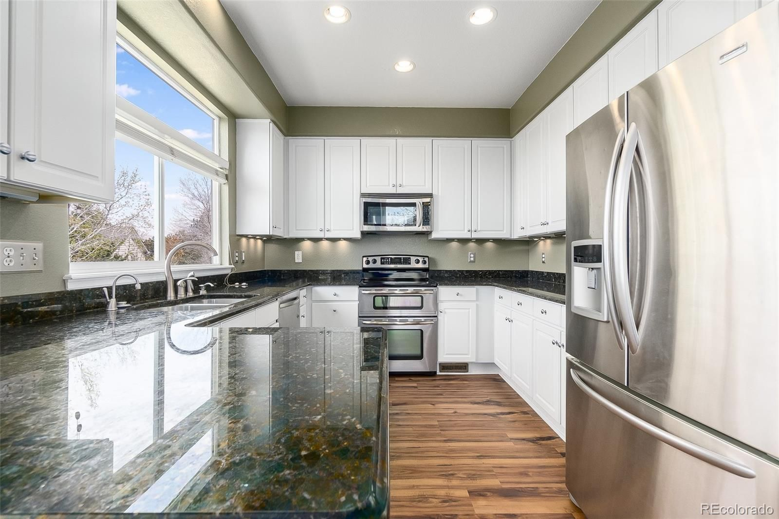 823 W 126th Place